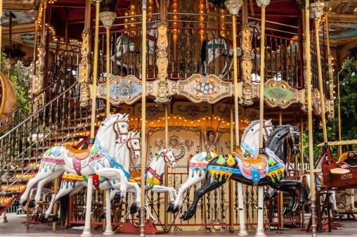 feat image carousel slides